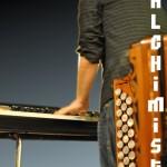 Le Balchimiste (au piano)